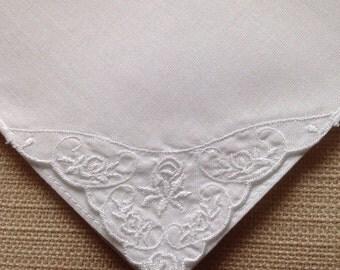 Super condition - White Vintage handkerchief with delicate corner decoration