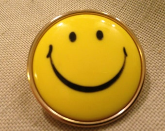 Authentic Original 70s SMILEY FACE Pin