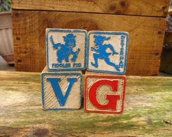 Vintage Wooden Toy Blocks - Set of 4 Wood Letter Blocks - Peter Pan Block - Fiddler Pig Block