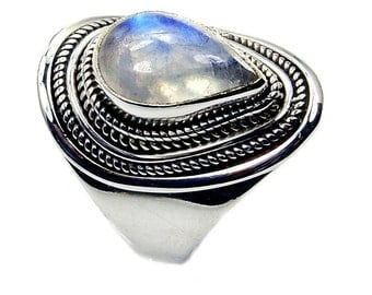 Ice Princess Moonstone & .925 Sterling Silver Ring Size 6.75 , AB961 The SIlver Plaza