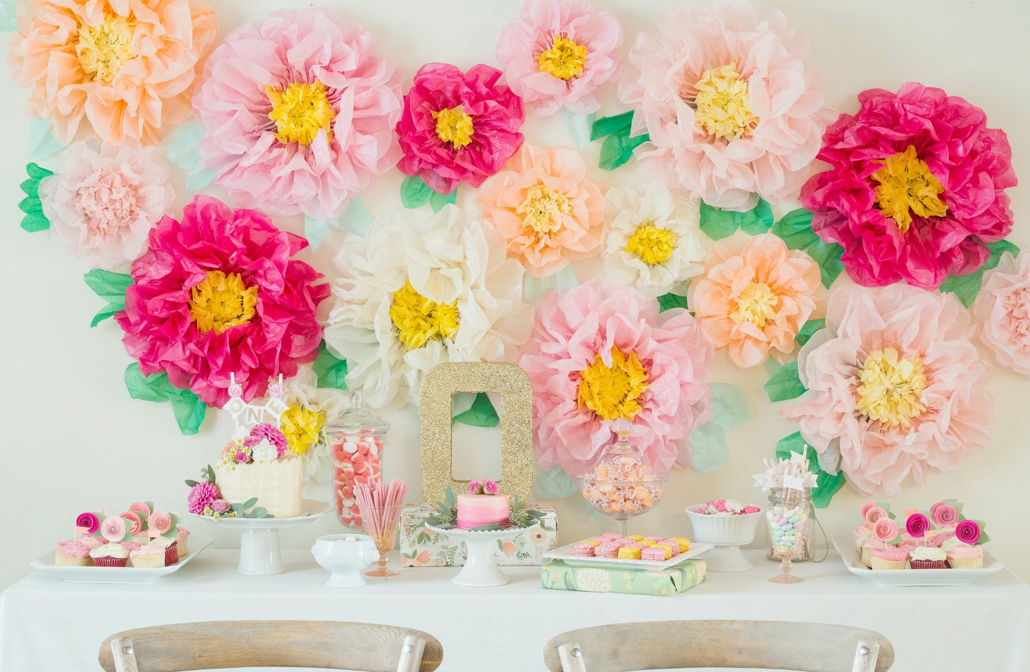 Wall Decor Tissue Paper : Tissue paper flowers for flower wall