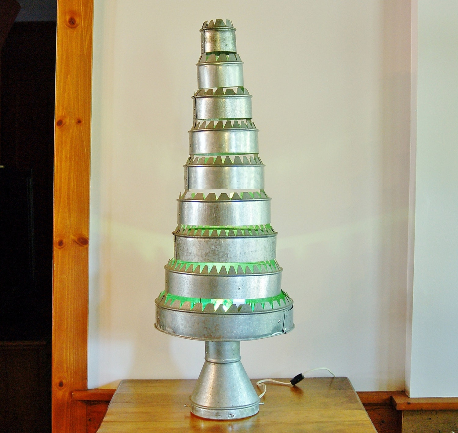 Metal Tabletop Christmas Tree: Galvanized Metal Christmas Tree Hand Made Kitschy Rustic
