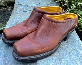 Whiskey Brown Leather Country Western Shoe Boot/Clog Mules by Frye Boot Company Ladies Size 8 1/2