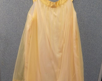 Golden 1960's Nylon Nightgown, Size Medium