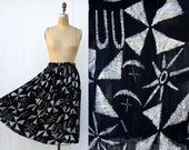 VINTAGE 1990s crosshatch geometric pattern drawstring midi skirt | Black and white india skirt | Ethnic novelty print full skirt