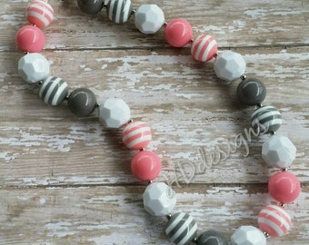 Pink and grey Chunky Bubblegum Necklace-Children-Toddler-Gift-Photo Prop-Jewelry-Bead Necklace