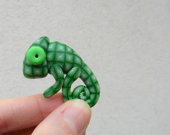 Hand made polymer clay cute GREEN chameleon brooch