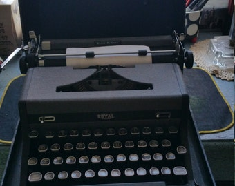 Royal Quiet Deluxe Typewriter -  Hemingway's Choice!
