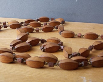Vintage Wooden Necklace / Wooden Necklace / Made in USSR 1970s