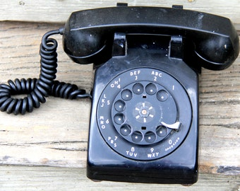 Western Electric Rotary Phone model 500 - made in 1954 - Black