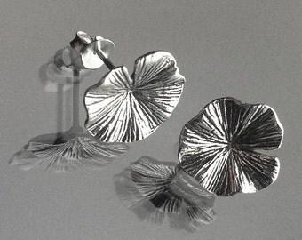 925 Solid Sterling Silver LOTUS LEAF Earrings/Lotus Earrings/Oxidized/Flower Jewelry/Oxidized Stud Earrings