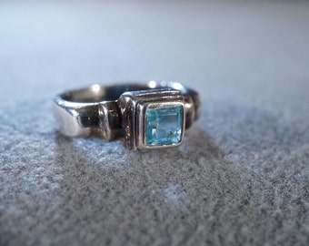 Vintage Sterling Silver Square Blue Topaz Wedding Band Ring, Size 6    **RL