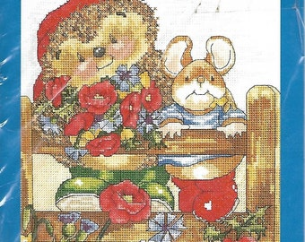 Country Companions cross stitch pattern - Poppies - Hedgehog and Mouse - NEW