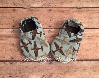 Airplane Soft Sole Baby Shoes, Crib Shoes, Baby Slippers, Baby Booties, Baby Mocs, Vegan Baby Shoes