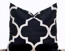 SALE ENDS SOON Black and Cream Quatrefoil Pillow, Black Decorative Pillow, Contemporary Home Decor, 16 x16