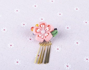 Handmade Japanese Traditional Tsumami Kanzashi Hair Clip Pin with Golden Falls Kimono Yukata Outfit Wedding Ornament Pink Sakura  Flower