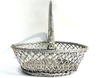 French Vintage Woven Aluminum Basket With Handle/ French Vintage Basket/Vintage Woven Metal Basket/Vintage Basket With Handle