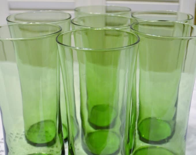 Vintage Green Tumbler Set of 7 Flaired Drinking Glass Ice Tea Lemonade Colored Glassware PanchosPorch