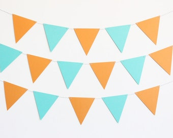 Triangle Penant Party Banner - Customizable Colors