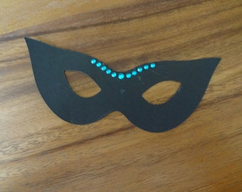 Scrapbooking ~ Masquerade mask: small