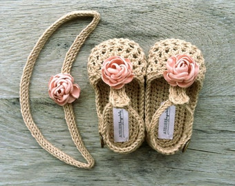 WILLOW Beige/Tan Crochet T-strap Mary Jane Baby Shoes, Baby Girl Booties, Flower Booties, size Newborn,0-3, 3-6,6-12 months,Made to Order