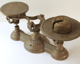 Antique Henry Troemner Counter Balance Scale, Vintage Cast Iron Counter Scale, Philadelphia Counter Scale