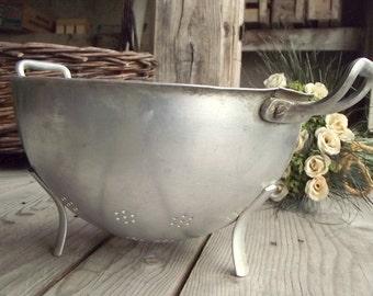 Vintage Colander - Metal Strainer - French Vintage Sieve - Tournus - Made in France - French Kitchen - Aluminium - Vintage Kitchen