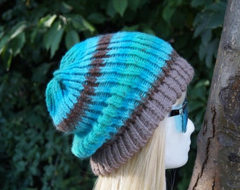 Beanie , Brown blue