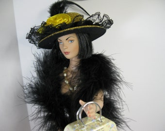 Doll Accessories 16 inch NO DOLL or SHOES Robert Tonner Antoinette, Tyler, Ellowyne Wilde, Madam Alexander Alex  Gold Black Purse Boa Hat