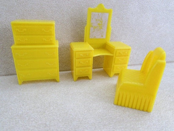 Vintage Marx Plastic Dollhouse Furniture Marx Yellow Doll