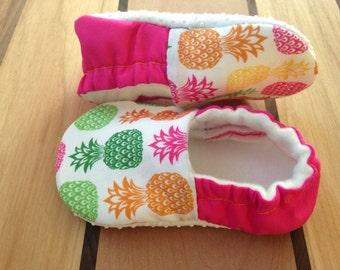 Organic baby shoes, Pineapple,yellow baby shoes,baby chef clothes,vegan shoes,eat local,vegan baby,tropical printclothes,organic farmer,