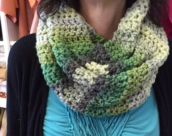 Handmade - Ombre green cowl neck crocheted scarf