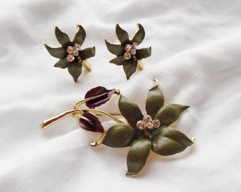 Vintage Earring/Brooch/Pin Set Avacado/Olive Green Goldtone