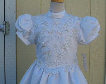 Girls High Neck First Communion Dress Size 10, Vintage White Dress, Puffy Short Sleeves, Long Satin Gown, Pearls, Sequins, Turtle Neck