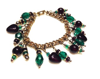 """Vintage Red and Green Glass Dangle Cha Cha Bracelet- 7 1/2"""""""