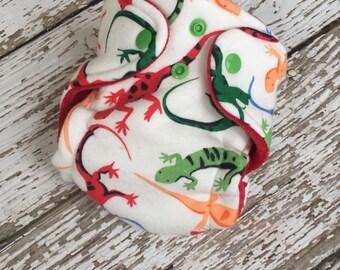 Lizard newborn hybrid fitted cloth diaper