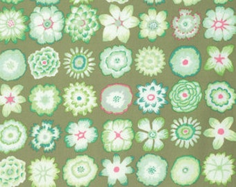 Kaffe Fassett Collective Button Flowers Green - 1/2yd