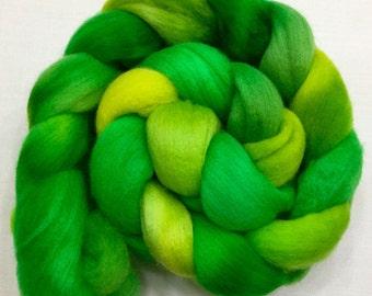 Organic Polwarth, 3.5oz, Wool, Roving, spinning, felting, needle crafts, hand Dyed, 109