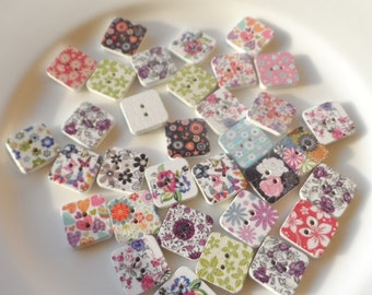 24 Wooden buttons square Fantasy Mixed 17mm