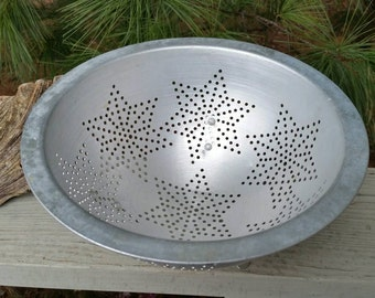 Aluminum 7 Star Footed Colander with Flat Rim