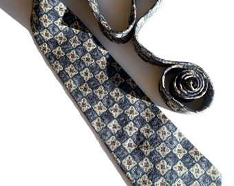 Vintage Blue Silk Tie, GAP Tie, Made in USA, Classic Tie,Blue and Tan Foulard with Medallions,Vintage Menswear
