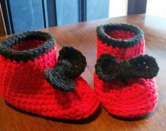 baby booties, baby shoes, 6-12 months, baby shower gift, baby gift, baby slippers, custom orders in any color