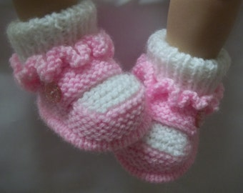 PDF Knitting pattern 3b To knit baby girls booties bootees boots shoes crib booties  in sizes Newborn, 0-3 & 3-6 months.