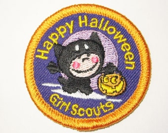"""Girl Scout Fun Patch with Cat """"Happy Halloween"""""""