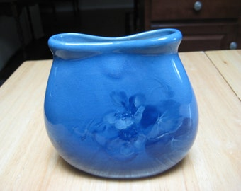 very rare WELLER BLUE LOUWELSA Pillow Vase, near mint condition