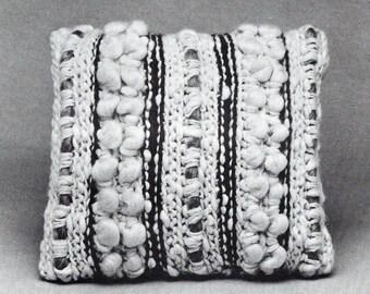 Woven-Look Pillow PDF Crochet Pattern
