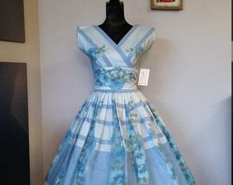 Vintage 50's 1950's Blue Floral Day Dress // VLV // Rockabilly // Pinup