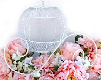 Wire Cinderella Carriage/ White Wedding Centerpiece/Princess Centerpiece/Sweet 16 Centerpiece/Fairytale Wedding/Cinderella Wedding