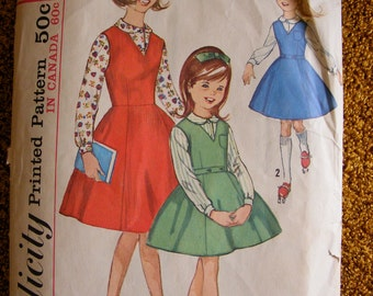Vintage Girls' Jumper and Blouse Mid Century Simplicity Sewing Pattern 5223 Size 14