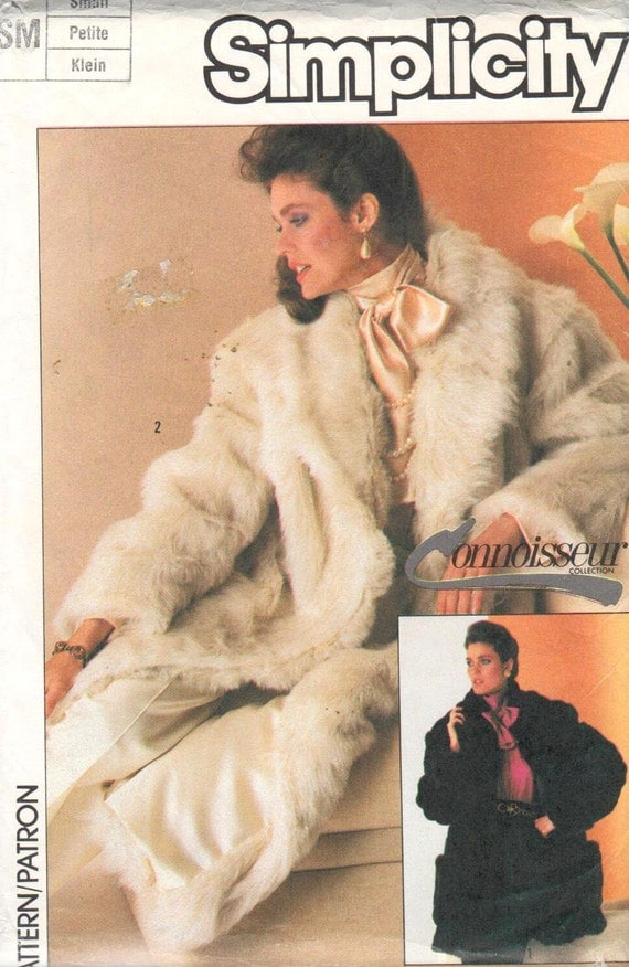 1980s faux fur coat pattern in 2 lengths - Simplicity 7078